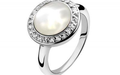 ZINZI zilveren ring parelmoer wit ZIR948