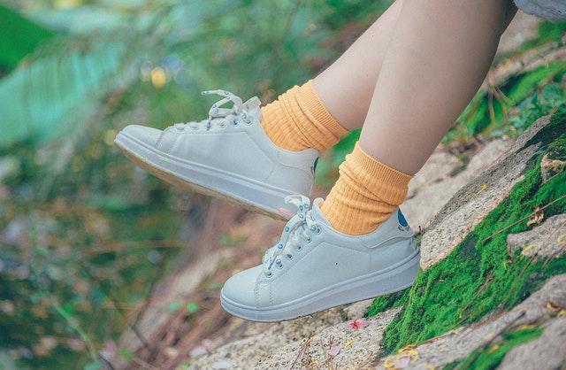 Stop met het dragen van hoge sokken en kies voor sneakersokken!